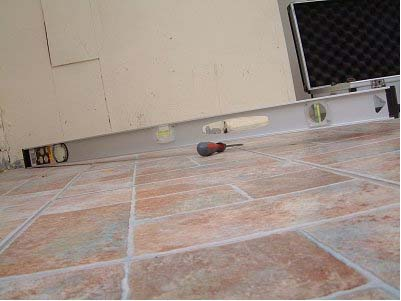 Floor Tile Cracking Mean Foundation Ceramic Tile Floors